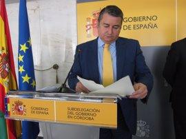 Sanz: El Gobierno se volcará en defender a los trabajadores en Gibraltar