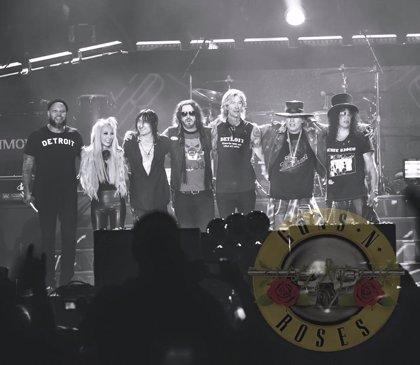 Axl, Slash y Duff inician en Detroit la gira de reunión de Guns n' Roses