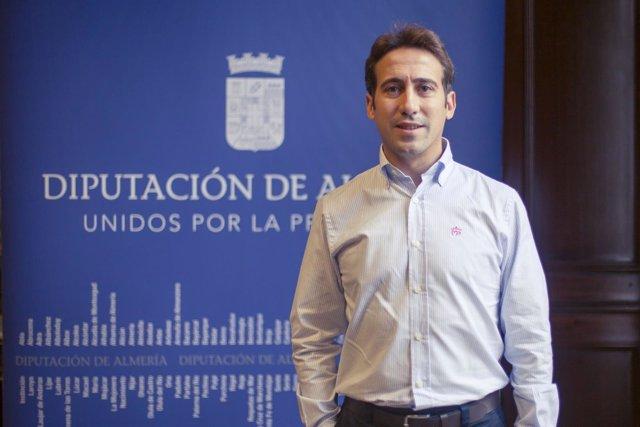 El diputado Óscar Liria valora positivamente las obras en carreteras de Almería.