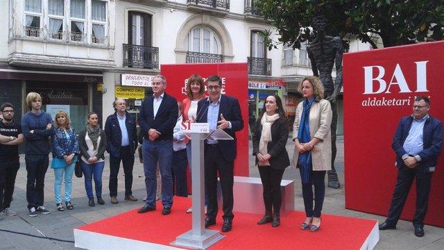 Patxi López, mitin en Vitoria