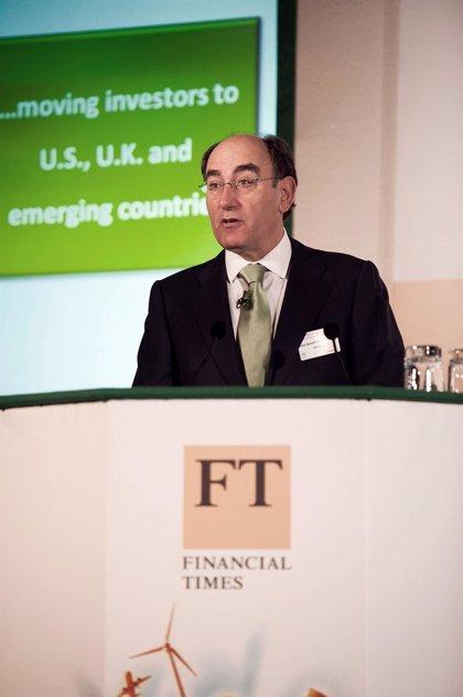 Galán (Iberdrola) garantiza el compromiso del grupo con Reino Unido y con sus inversiones