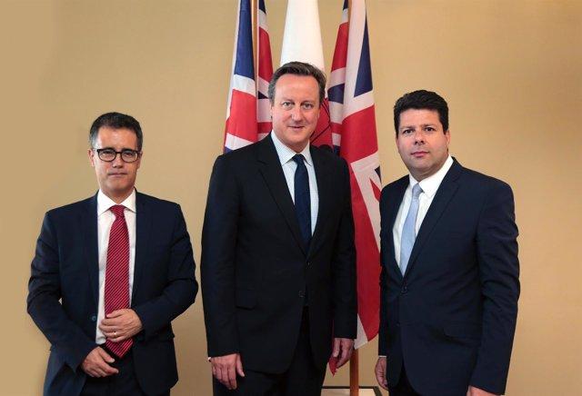 David Cameron y Fabian Picardo