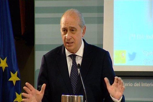 Fernández Díaz, protagonista del penúltimo día de campaña