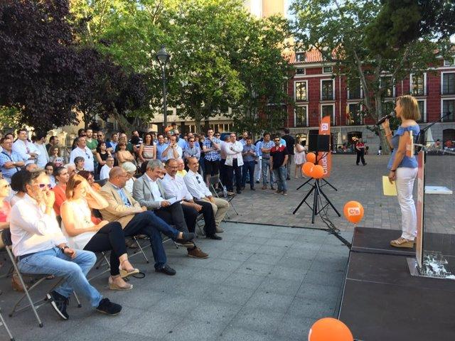Cierre de campaña de Ciudadanos en la Plaza de la Universidad.