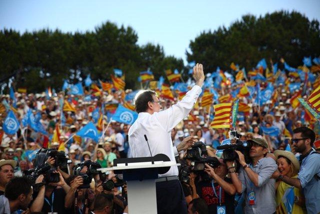 Rajoy en el mitin en Valencia