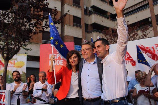 Botella, Puig y el alcalde de Mislata en el mitin