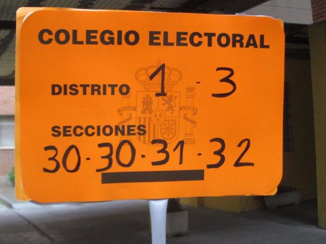 Cartel de un colegio electoral