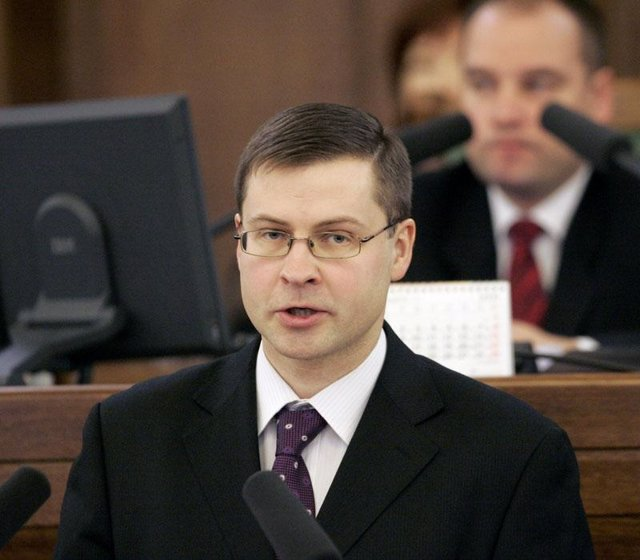 Valdis Dombrovskis primer ministro de Letonia