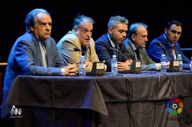 Javier Tebas en el Congreso Nacional de Peñas de la AFEPE