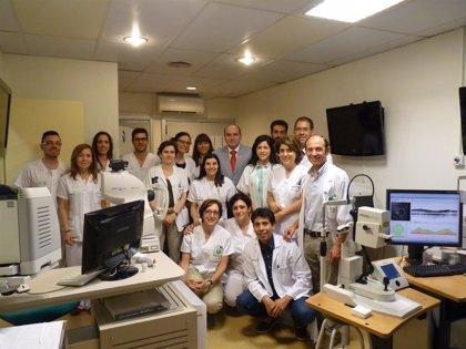 Primer trasplante en España de una de las capas de la córnea