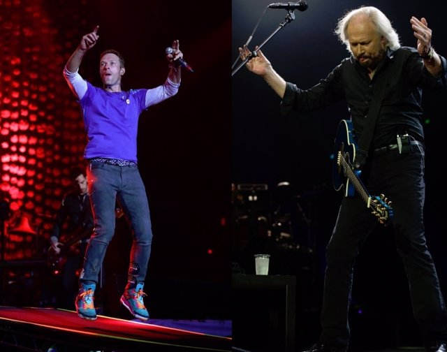 CHRIS MARTIN Y BARRY GIBB