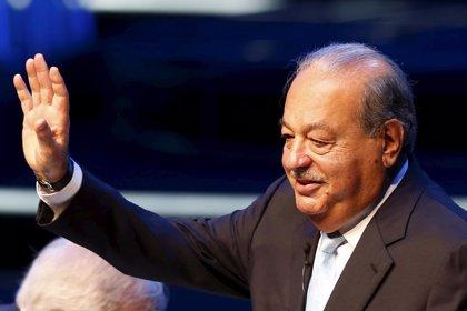 Carlos Slim logra 'luz verde' de la CNMV a su OPA por FCC