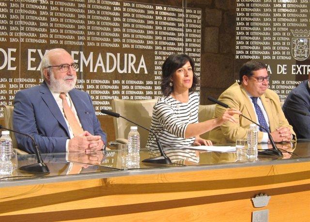 Esther Gutiérrez en la presentación de los proyectos