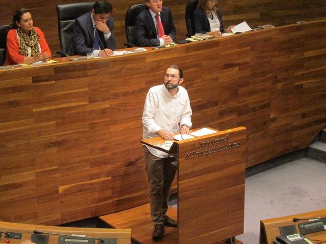 Emilio León, candidato de Podemos a la Presidencia, debate de elección