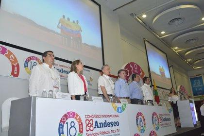 Empresas de servicios públicos contratarían a guerrilleros de las FARC