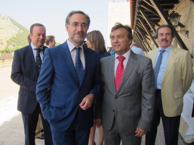 Felipe López junto con Francisco Carmona en la asamblea de Fadeco