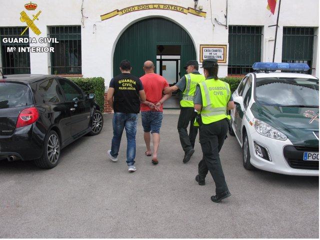 Uno de los dos detenidos en la Operación Cantra