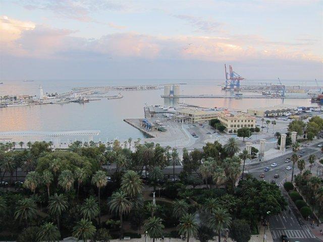 Puerto de Málaga, Autoridad Portuaria, Barco, Barcos, Muelle, Farola, Faro