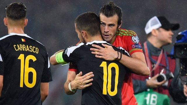 Bale y Hazard se abrazan en el Gales - Béligca