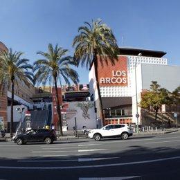 El Centro Comercial Los Arcos fue el primer centro comercial de Sevilla.