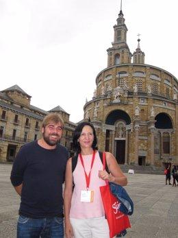 Daniel Ripa y Carolina Bescansa, secretaria de programa de Podemos