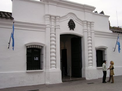 Reabren la Casa de Tucumán por el bicentenario de la Independencia de Argentina