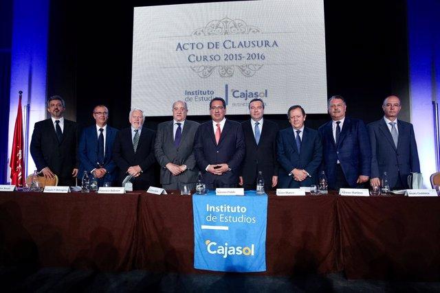 Acto de clausura del curso académico del Instituto de  Estudios Cajasol