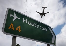 Una cuenta vinculada a Estado Islámico amenaza con atacar aviones a EEUU el 4 de Julio