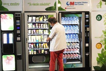 Máquinas expendedoras con comida saludable para luchar contra la obesidad