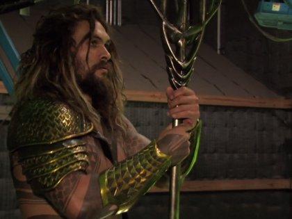 Nuevas fotos de Aquaman, tridente en mano, en los extras de Batman v Superman