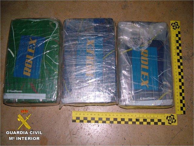 Droga interceptada por los guardia civiles en Santa Pola