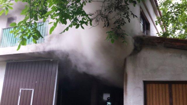 Incendio de una vivienda en Saro