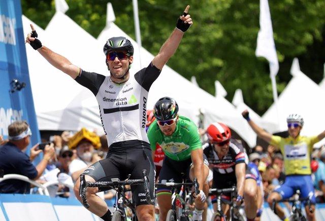 Mark Cavendish vence la primera etapa del Tour de Francia 2016
