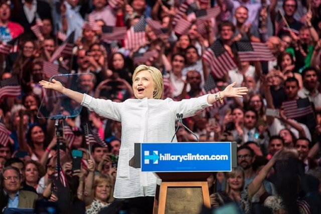 La candidata presidencial demócrata Hillary Clinton