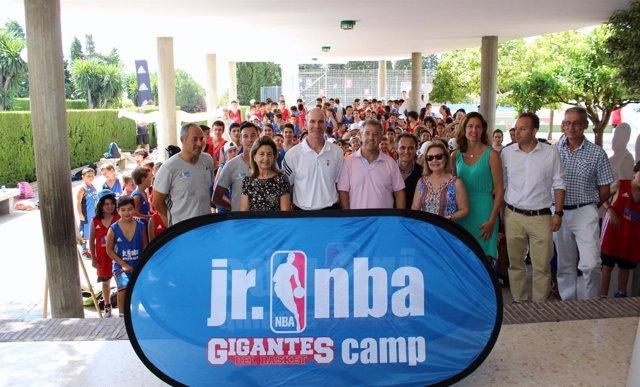 El Ayuntamiento Inaugura En Estepona El Único Campus De La NBA Que Se Celebra En