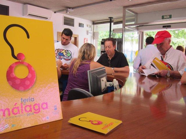 Turistas, Oficina Información, Feria, Málaga, Atención