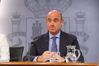 Guindos hará campaña para traerse a España organismos europeos con sede en Reino Unido