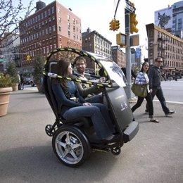 General Motors y Segway crean un prototipo de vehículo eléctrico de dos ruedas
