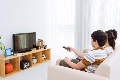 Cómo utilizar bien la televisión con nuestros hijos