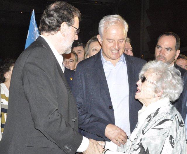 El diputado Eloy Suárez con Mariano Rajoy en la reciente campaña electoral.