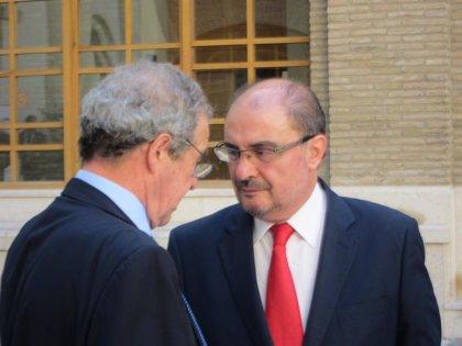 """Lambán tilda de """"aliado impagable"""" a César Alierta para crear la marca Aragón"""