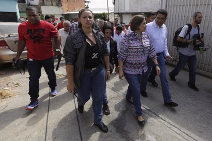 Ministra de Salud: En Venezuela sólo hay un 25% de escasez de medicamentos