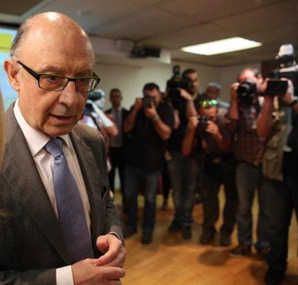 Montoro dice que el Estado sigue trabajando en reestructurar la deuda de las CC.AA.