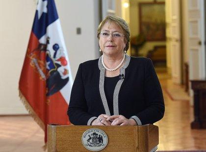 La popularidad de Bachelet alcanza mínimos históricos