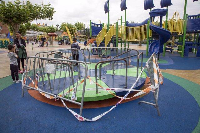 Juego cerrado en el parque Lorenzo Cagigas