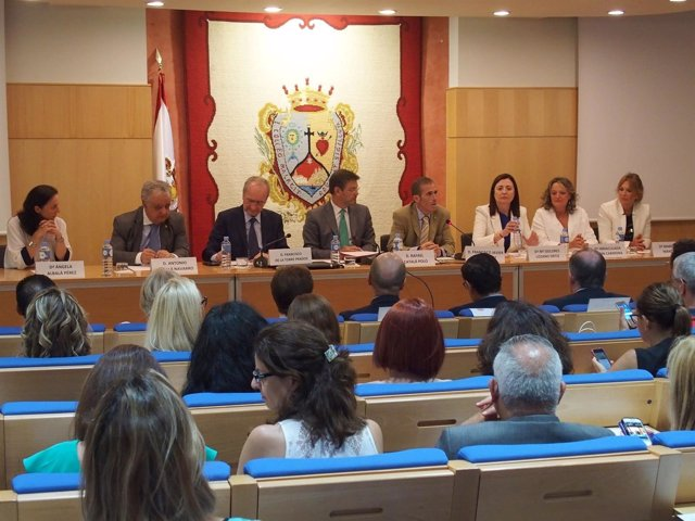 NP Letrados, Jueces Y Fiscales Debaten En El Colegio De Abogados Sobre Derecho D