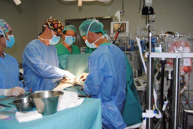Nuevo equipo cirugía de QirónSalud Torrevieja