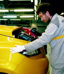 Producción en la planta de Renault en Palencia