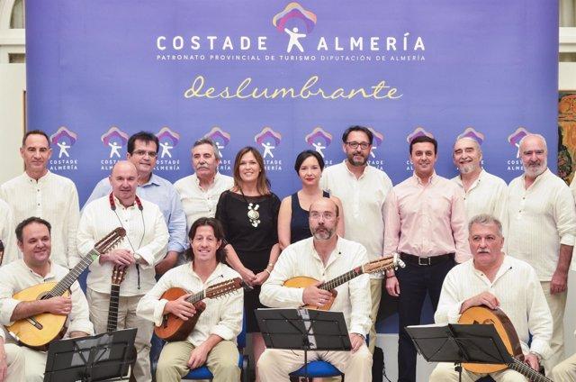 El Grupo Almenara presenta su primer disco en la Diputación.