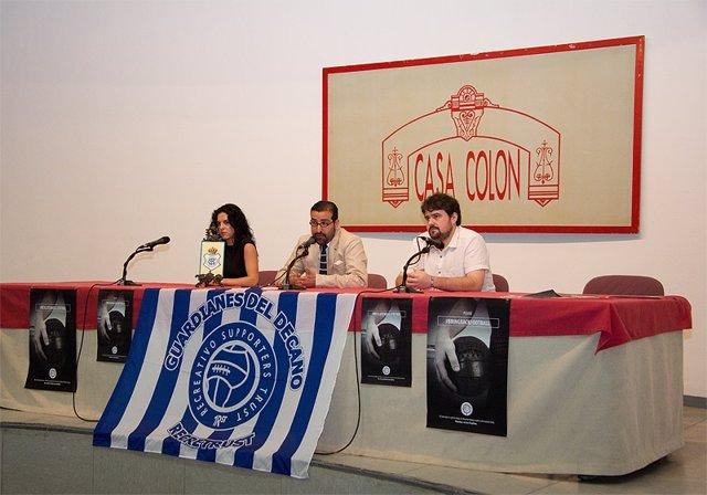 Presentación de la campaña para salvar al Recreativo de Huelva.